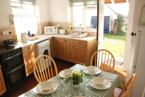 The well–equipped kitchen at Holly Tree Cottage